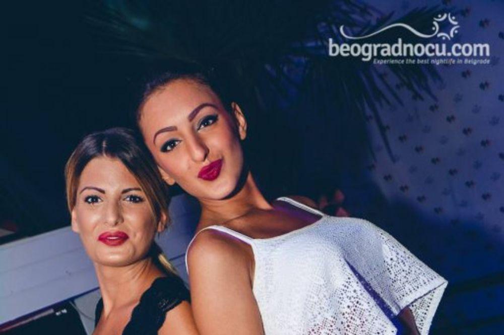 (FOTO) ČIPKA JE U MODI: Savršen izbor za beogradske vrele noći!