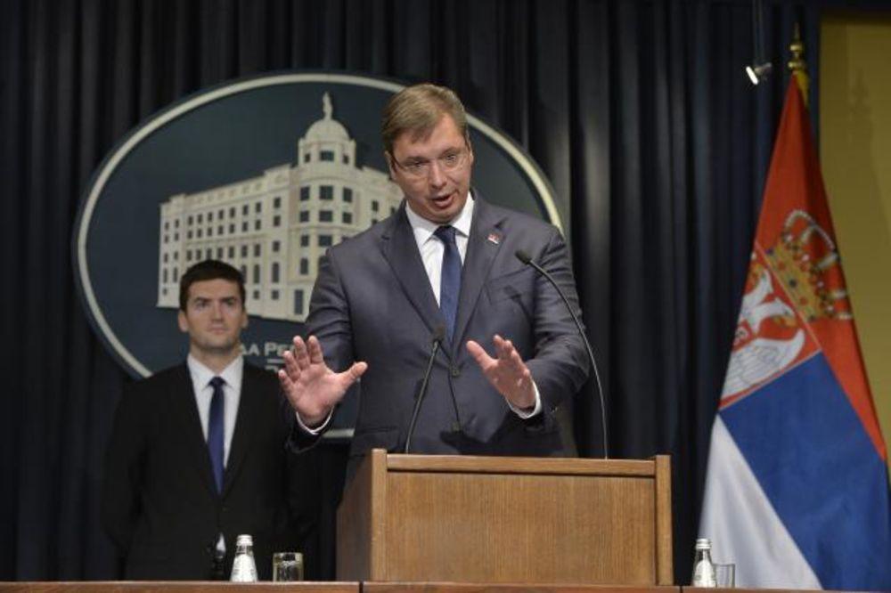 GODIŠNJICA REFORMI Vučić: Izbora neće biti, penzije i plate veće do kraja godine!