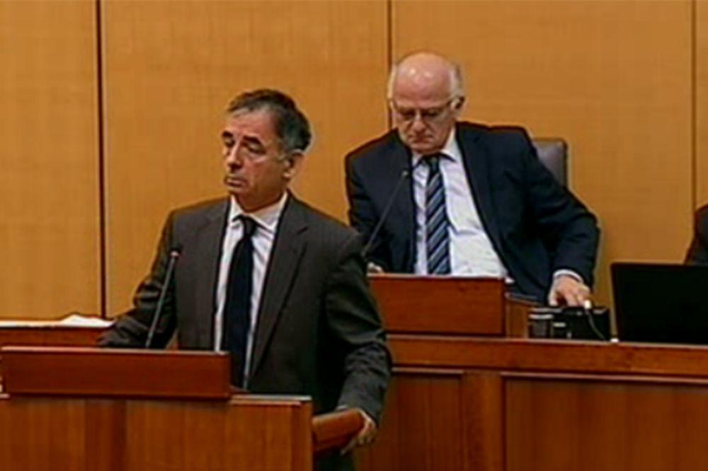 (VIDEO) UŽIVO SABOR VANREDNO: Srbi podržali izlazak iz arbitraže o Piranskom zalivu