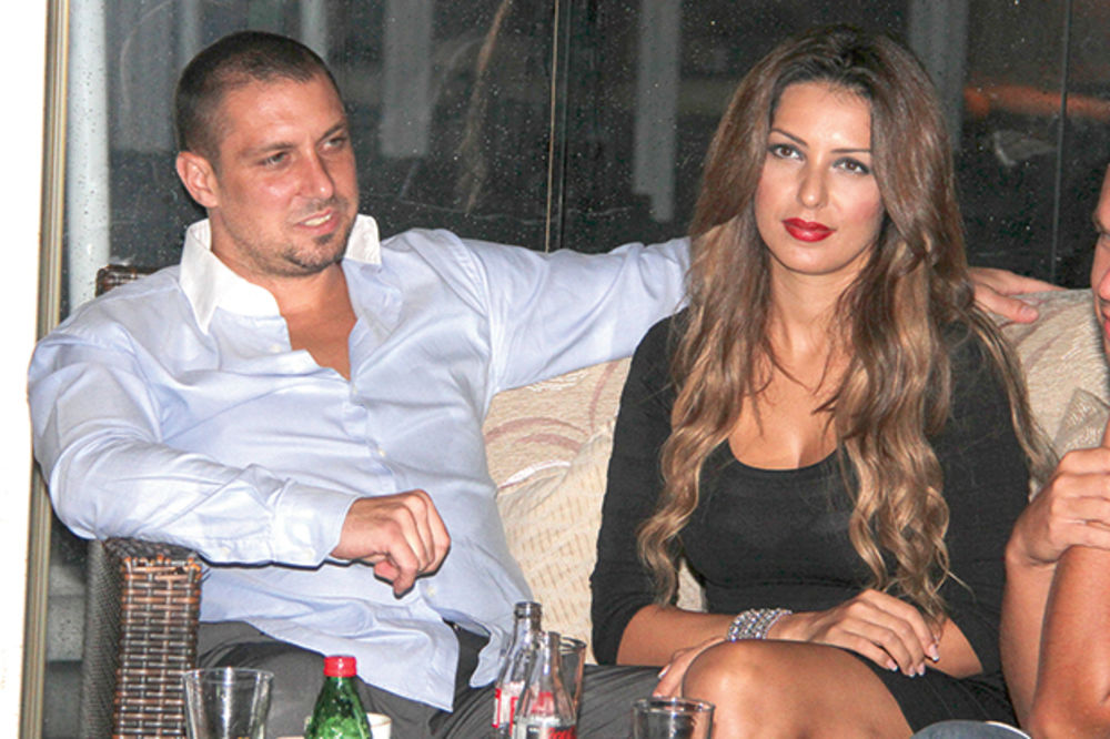 KO ZNA KOJI PUT: Tanja se u restoranu posvađala s mužem!