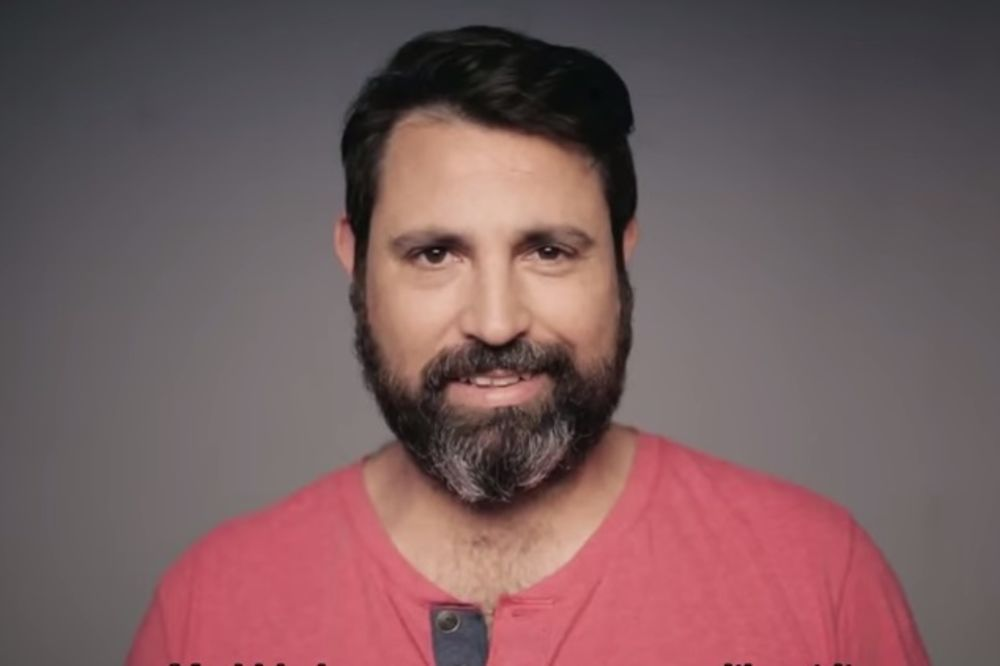 (VIDEO) Obrijao je bradu prvi put posle 14 godina, žena htela da ga prevari!