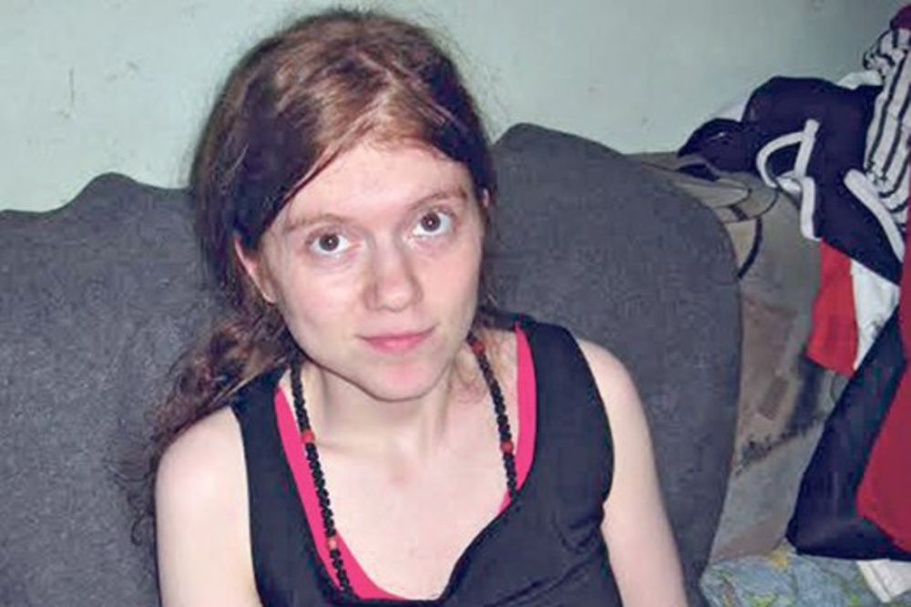 POMOZIMO: Bolesnoj devojci iz Buđanovaca isekli struju!