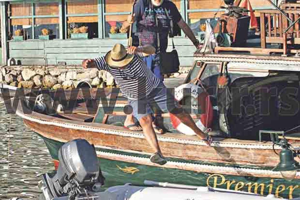 NEVIĐENI PAPARACO: Željko Samardžić pao u more s 1.000 evra!