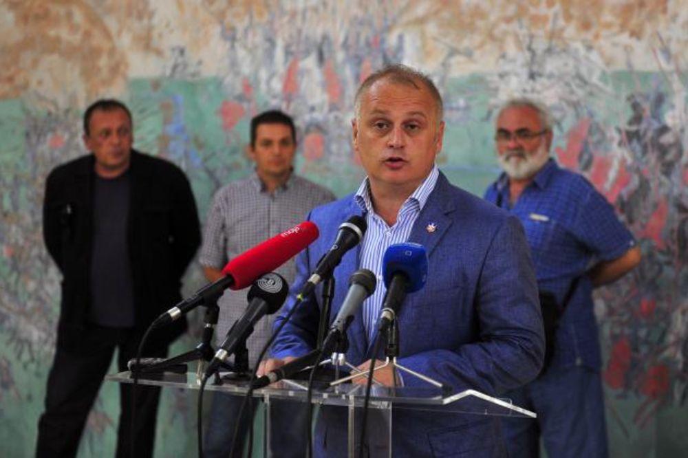 SKRNAVLJENJE KULTURNE BAŠTINE: Vesić osudio uklanjanje spomen-ploča pisaca i slikara