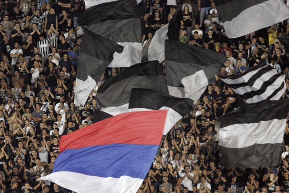 (VIDEO) SVI U HRAM: Najava meča Partizan - Steaua od koje će se svaki Grobar naježiti