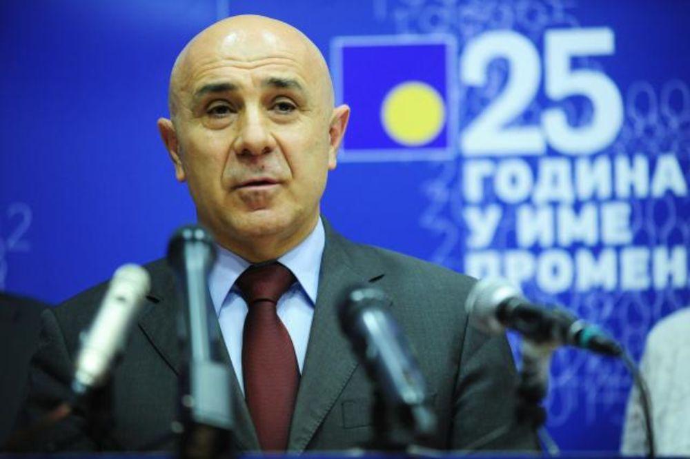 DS: Zakon o prodaji nepokretnosti pljačka građana, spremaju se izbori