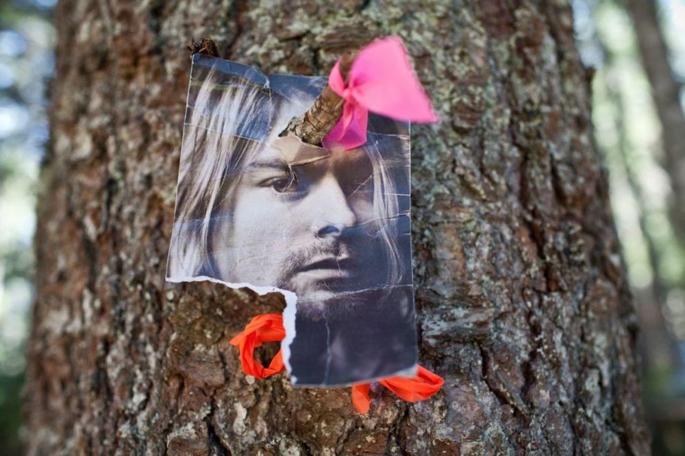 KURT KOBEJN SE NIJE UBIO: Hoće li biti objavljene posmrtne fotografije frontmena Nirvane?