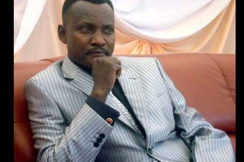 (FOTO) GAĐALI GA RAKETAMA: General Burundija ubijen na ulici