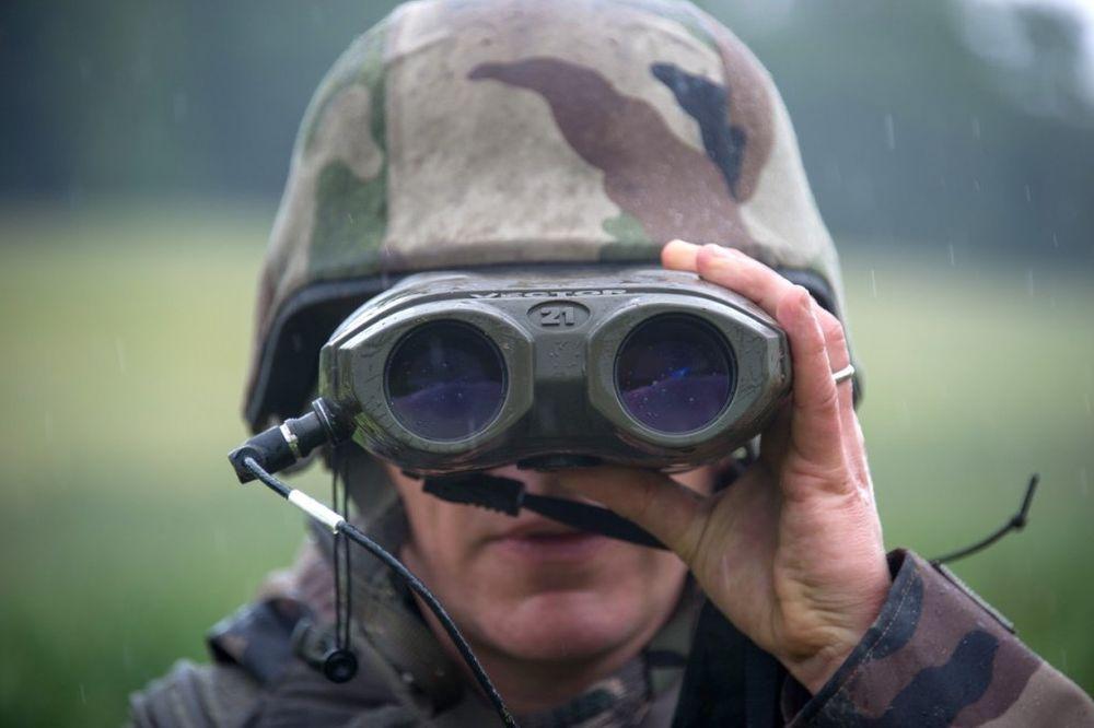 ZA NEVERICU: Holandski vojnici nemaju municije, pa moraju da viču beng, beng
