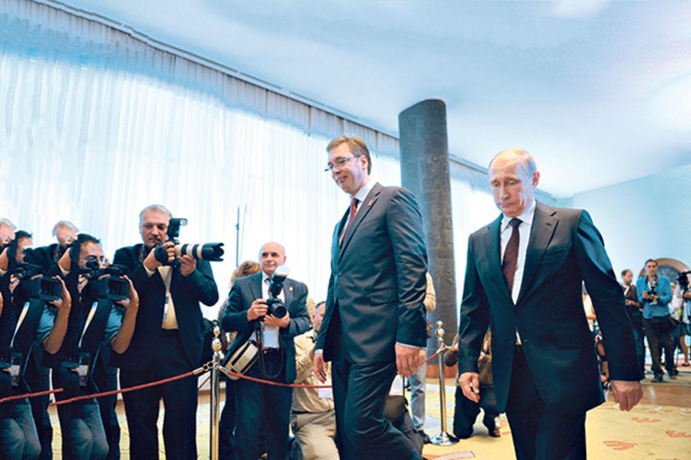 ŠTA JE IZA ODLUKE MOSKVE O KOSOVSKIM PASOŠIMA: Rusija mora da balansira između Srbije i Zapada!
