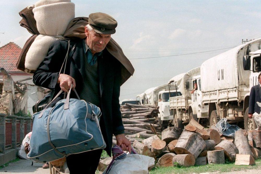 oluja-srbi-proterivanje-izbeglice-foto-p