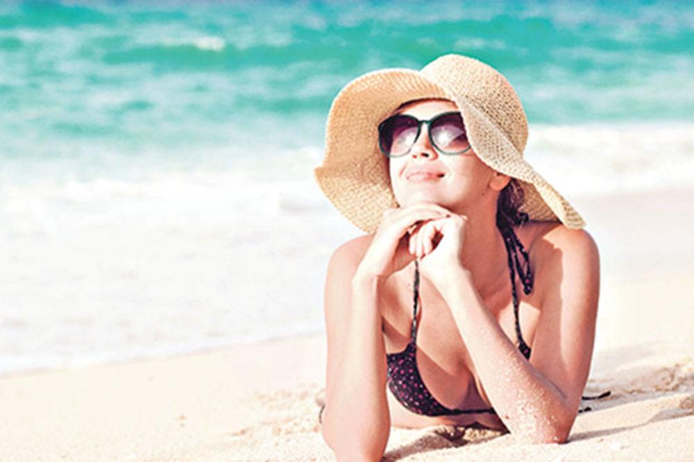 NE PRETERUJTE NA PLAŽI: Za vitamin D dovoljno je i 20 minuta na suncu
