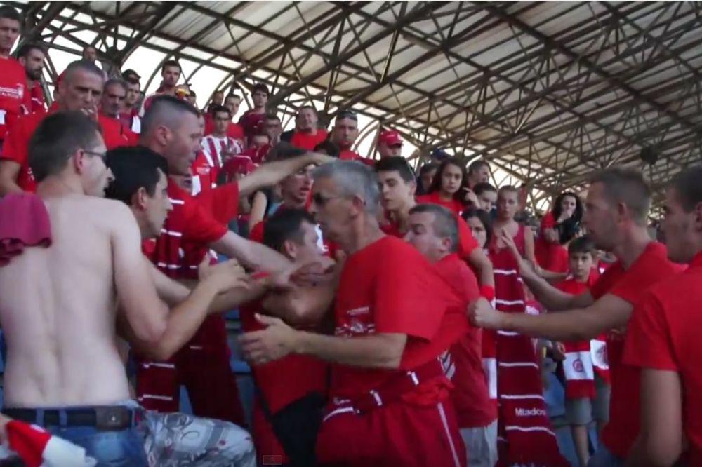 (VIDEO) Bosanac dobio batine od svojih navijača jer je opsovao sudiji majku četničku