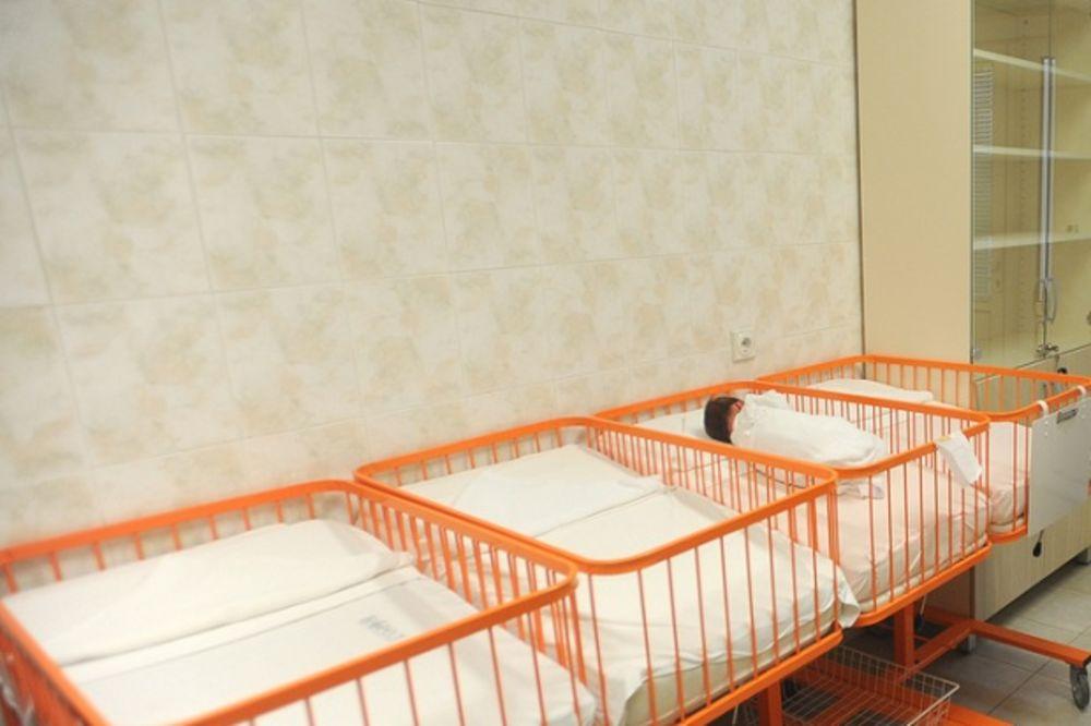 TUŽNA STATISTIKA U VOJVODINI: Dva abortusa na jednu bebu
