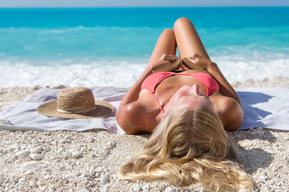 4 SAVETA POSLE SUNČANJA: Kako što duže da zadržite preplanulost kože