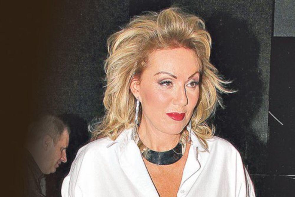 (FOTO) ŽARILA I PALILA JUGOSLAVIJOM: Razgolićena pevačica nekada je bila prava cica!