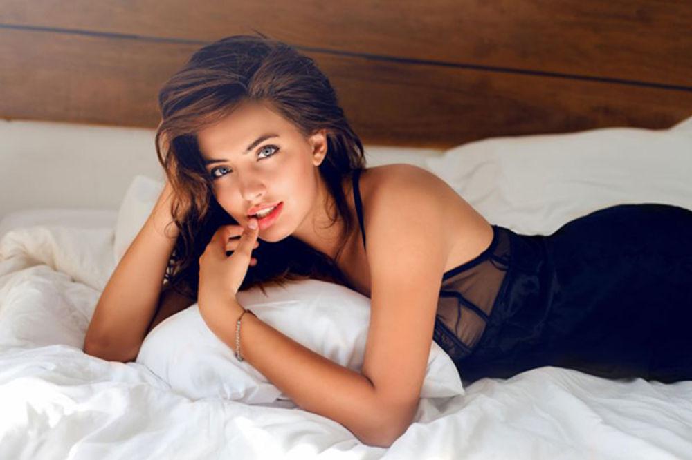OSVOJTE JE SEKSI VEŠTINAMA: Žene u krevetu žele baš ovo