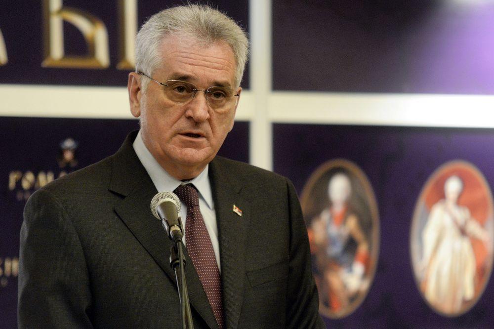DRŽAVNA IMOVINA JOŠ NE MOŽE DA SE PRODA: Nikolić vratio Zakon o prodaji nepokretnosti u parlament