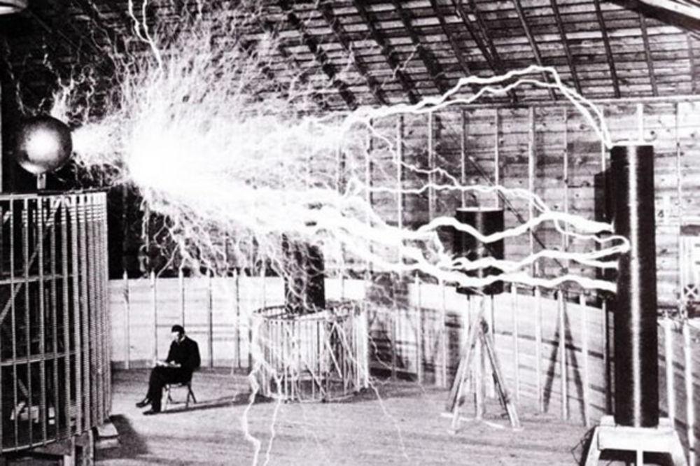 Nikola Tesla - Page 5 Nacionalna-geografijafoto-wikimediacommons-1438870322-715117
