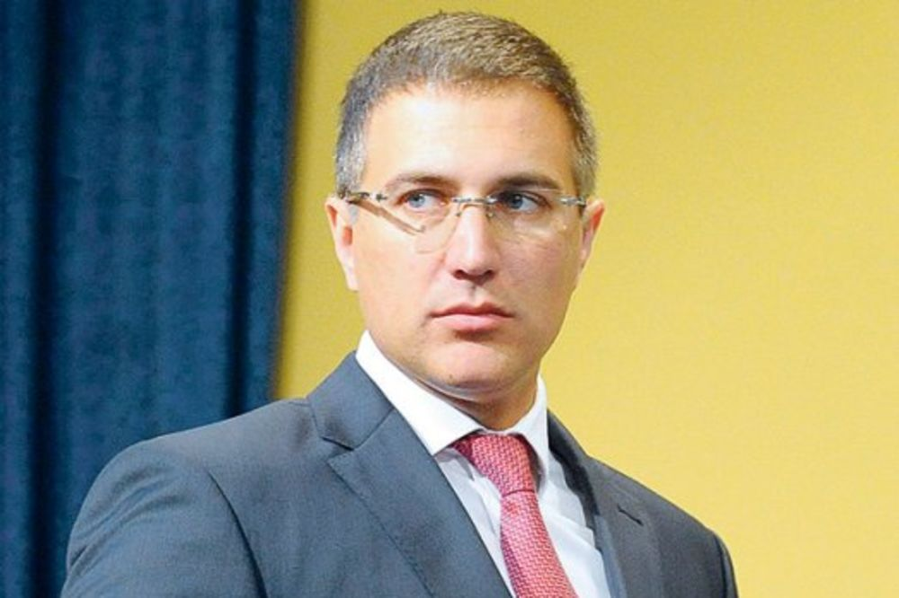 Stefanović: Pronašli smo falsifikovane isprave kod 96 migranata!