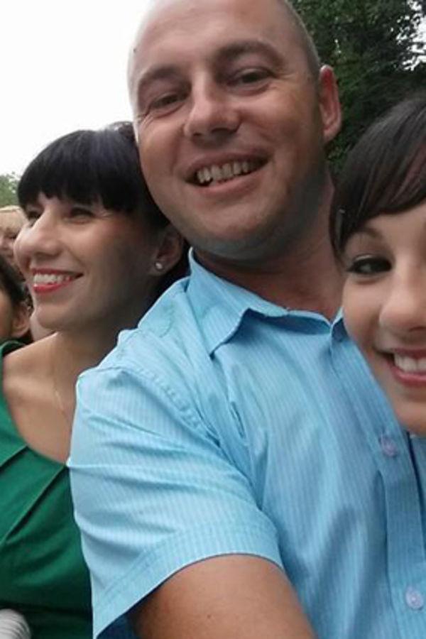 David Kopčić sa suprugom i ćerkama, foto Fejsbuk