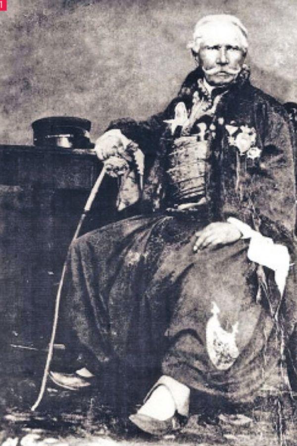7 NEOBIČNIH SUDBINA: Ko je išamarao kralja Petra II?   Vesti