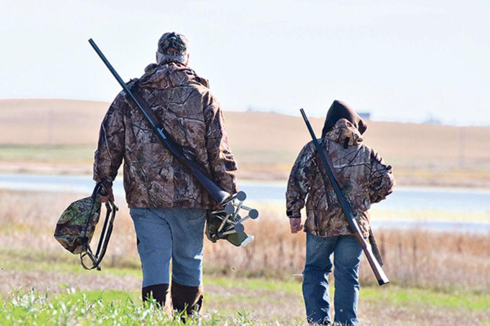 HOROR KOD SREMSKE MITROVICE: Sa lovačke čeke ubio lovca