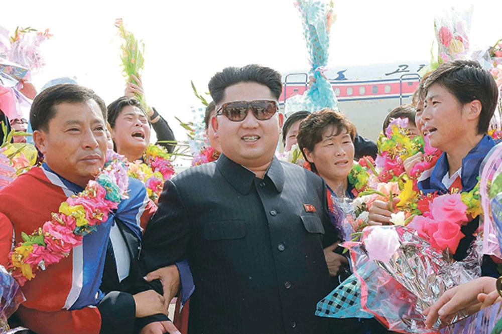 JEDAN JE VELIKI VOĐA: Suludi zakoni koji postoje samo u Severnoj Koreji