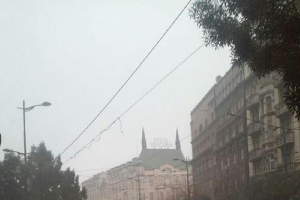 NEVREME POTOPILO BEOGRAD: Jaka kiša u srpskoj prestonici!