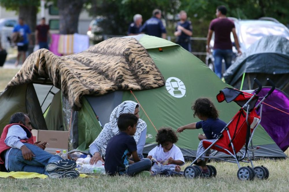 SOLIDARNI: Beč preuzima 500 izbeglica iz Trajskirhena