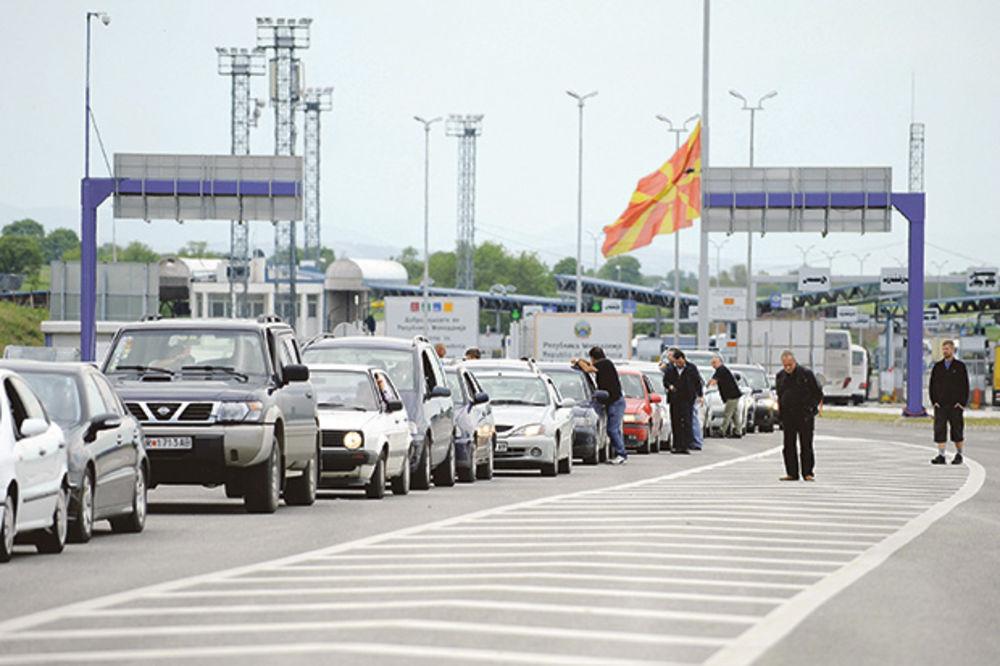 MUKE ZBOG MIGRANATA: 40.000 Srba ne zna kako da se vrati kući!