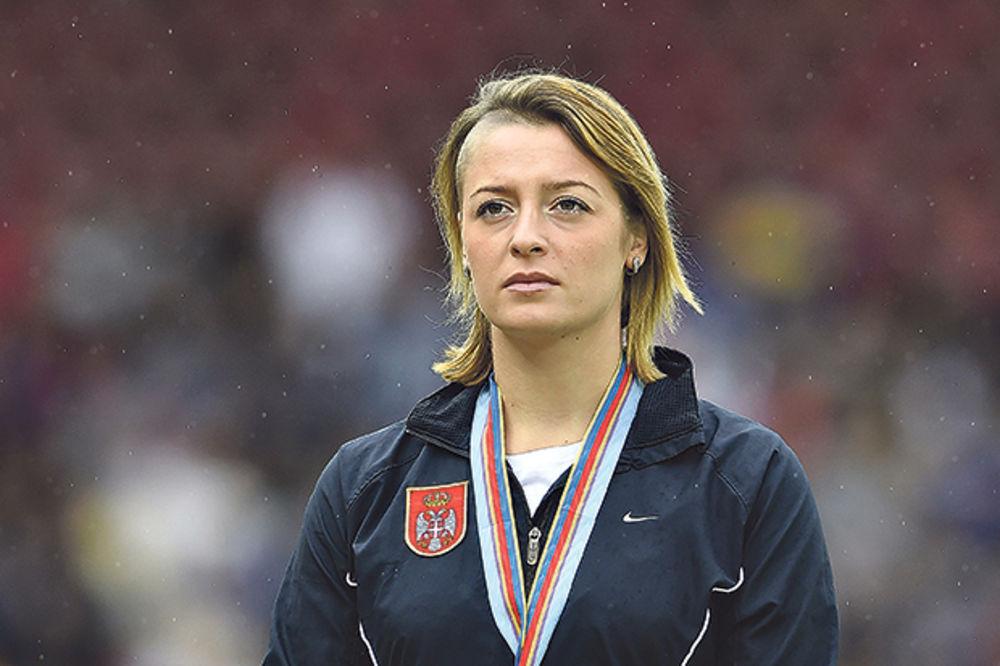 TATJANA MIRKOVIĆ ZA KURIR: Čekam porođaj i navijam za naše atletičare