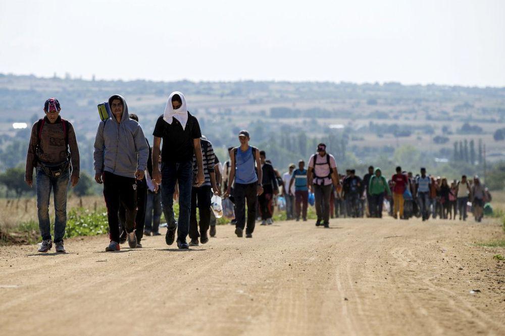 BANKARIMA NIKAD DOSTA EKSPLOATACIJE: MMF preporučuje - dajte izbeglicama posao ali  ih platite bedno