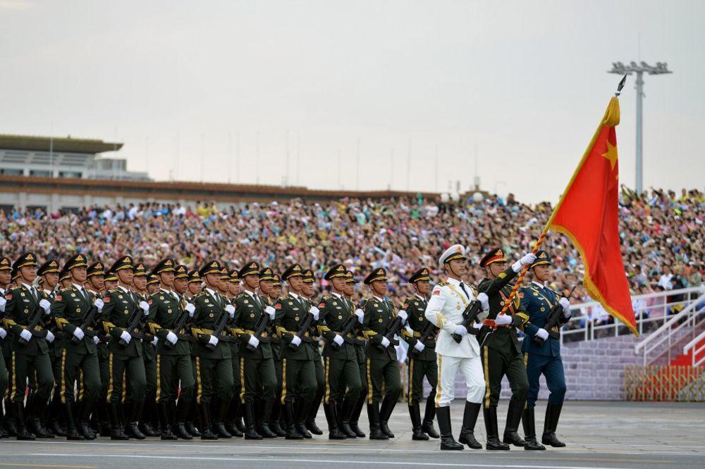 NIŠTA NE PREPUŠTAJU SLUČAJU: I majmuni obezbeđuju kinesku vojnu paradu