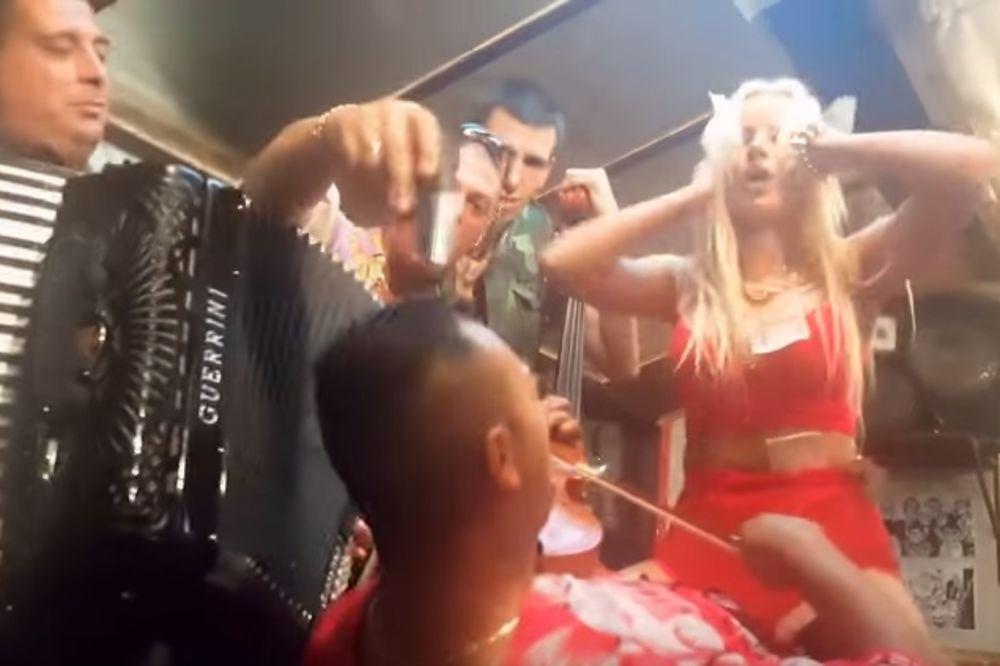 (VIDEO) GORE OD SODOME I GOMORE Ovo je najšokantniji spot u Srbiji, a tek šta radi Atina Ferari