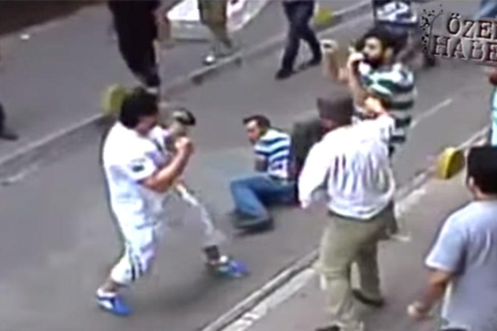 (VIDEO) OVAJ ČOVEK JE NEUNIŠTIV: Irski kung-fu turista sam pretukao naoružanu tursku bandu