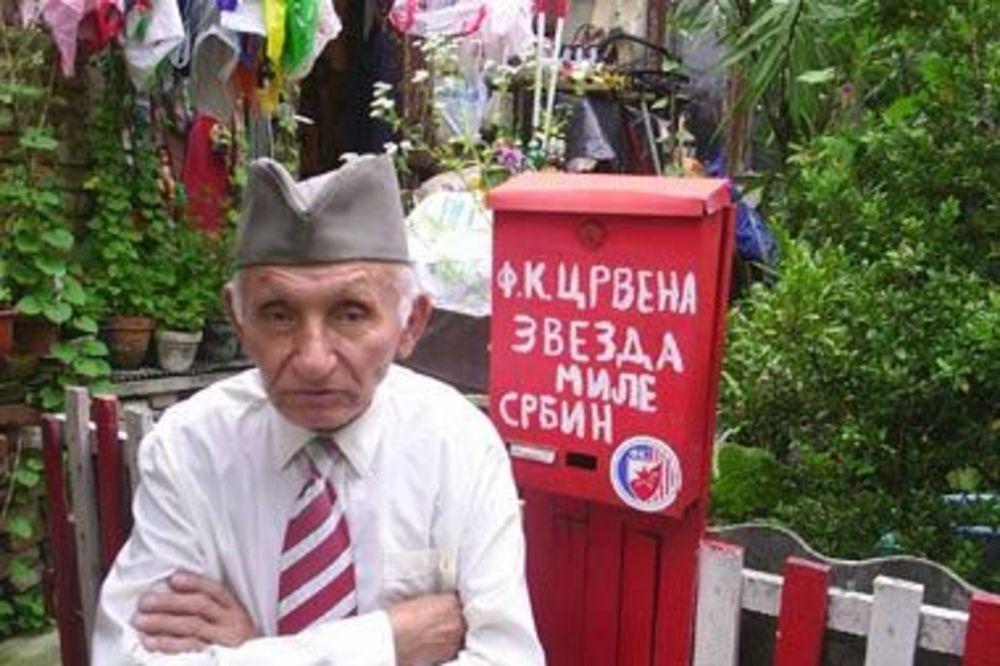 (VIDEO) PREMINUO MILE SRBIN: Najpoznatiji navijač Crvene zvezde umro u 94. godini