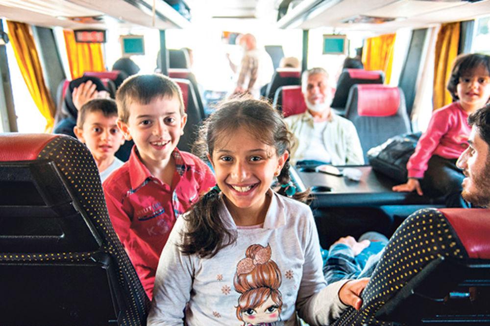 POHVALE OD CNN: Srbija je jedina zemlja koja je ljudski prihvatila migrante