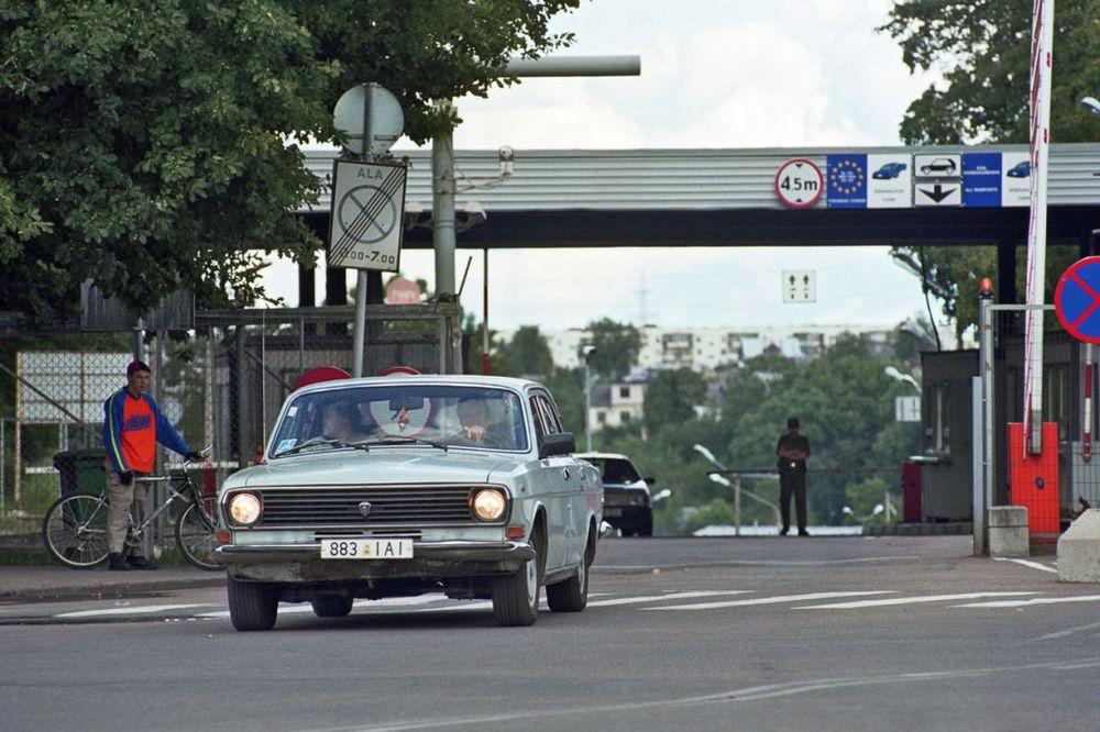 I TAMO BODLJIKAVA ŽICA: Estonija postavlja ogradu na granici sa Rusijom