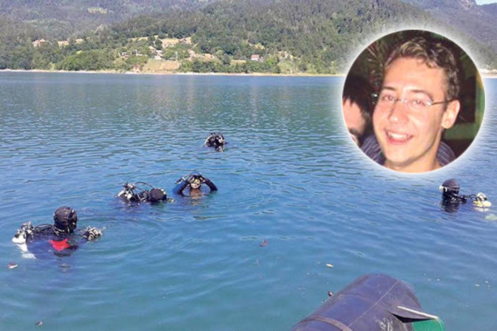 TRAGEDIJA NA JEZERU ZAOVINE: Pilot se udavio jureći rekord u ronjenju