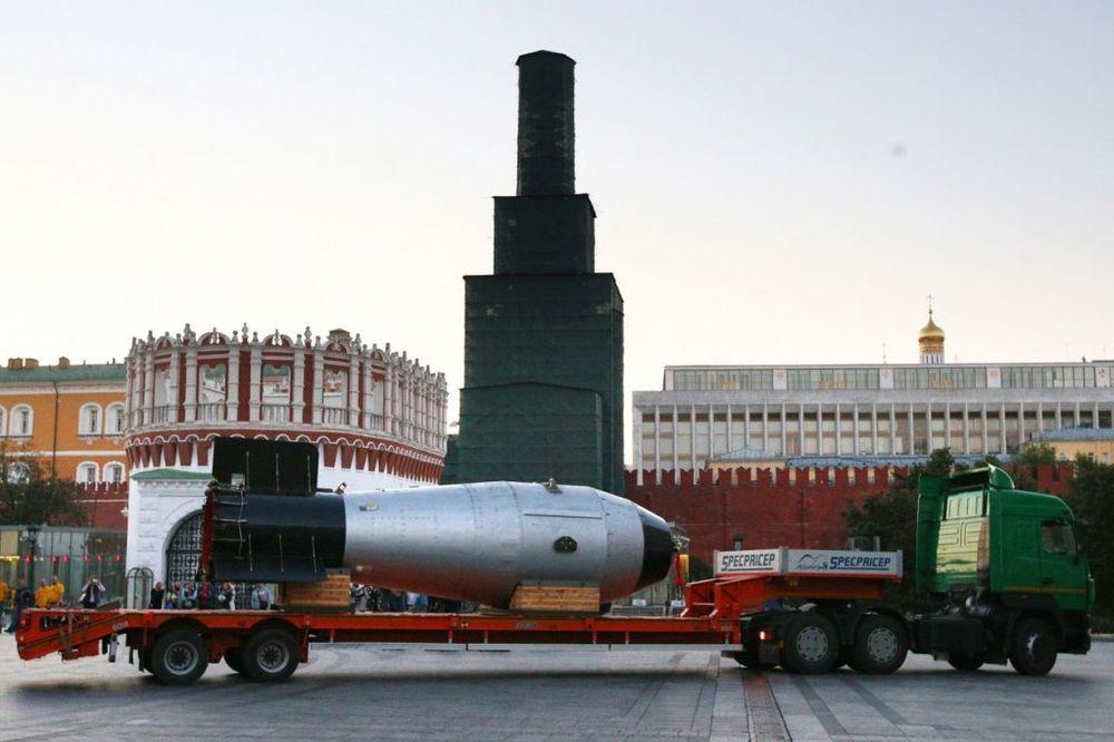 NUKLEARNA GRDOSIJA: Car bomba stigla u Moskvu