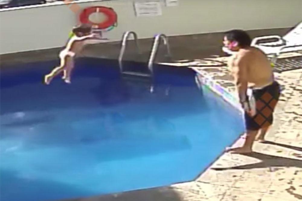 (UZNEMIRUJUĆI VIDEO) GDE ĆE MU DUŠA: Očuh bacao devojčicu (3) u bazen sve dok se nije udavila!