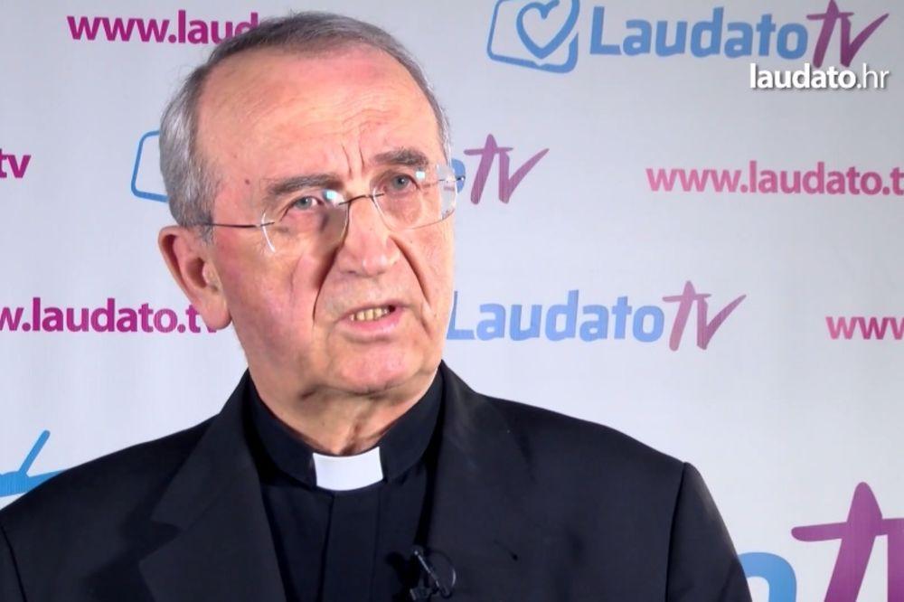 POVAMPIRENI FAŠIZAM U HRVATSKOJ: Katolička crkva za referendum o ustaškom pozdravu Za dom spremni!