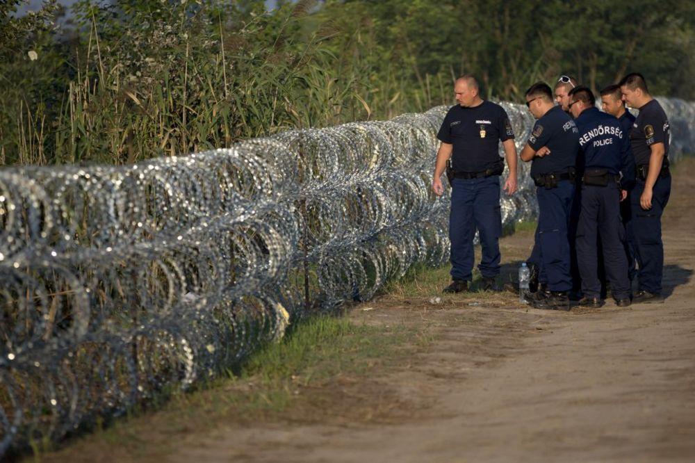 MALO IM BODLJIKAVA ŽICA: Mađarska uvodi zatvorske kazne za ilegalan prelazak granice!
