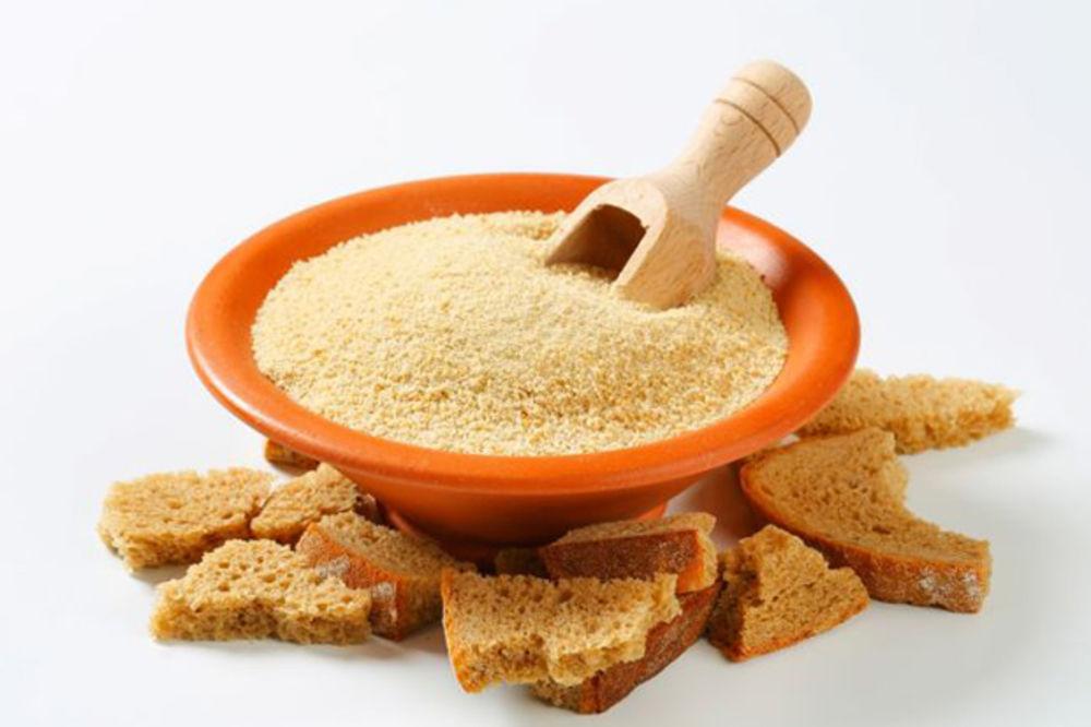 Ne bacajte stari hleb: Evo kako da napravite domaće prezle