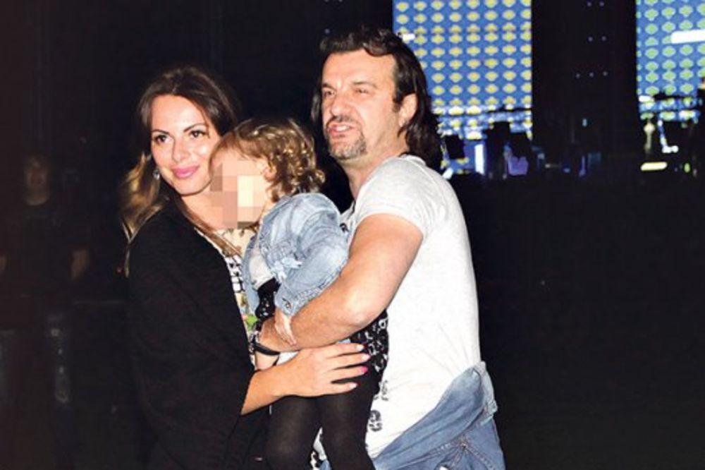 DIRLJIV SUSRET U NEMAČKOJ: Aca Lukas prvi put sa ćerkom od razlaza sa Sonjom