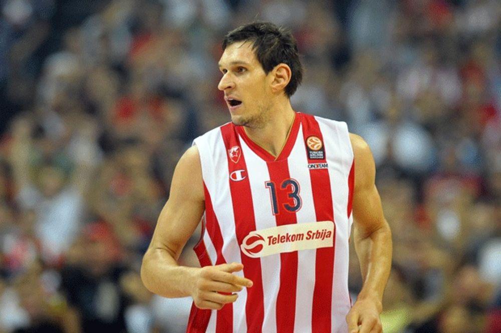 (FOTO) GANUTI GOROSTAS: Pogledajte kako su mališani šokirali Bobija Marjanovića