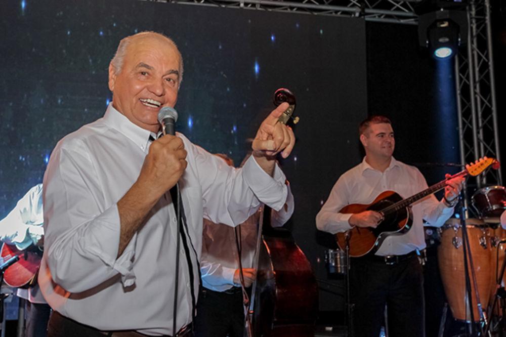 """Vinarija """"Zvonko Bogdan""""- spektakularna godišnja žurka na salašu"""