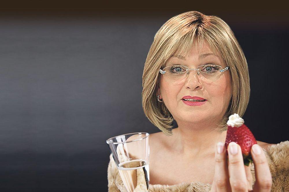 BAHANALIJE U NARODNOJ BANCI: A za ovu Pepeljugu šampanjac i jagode!