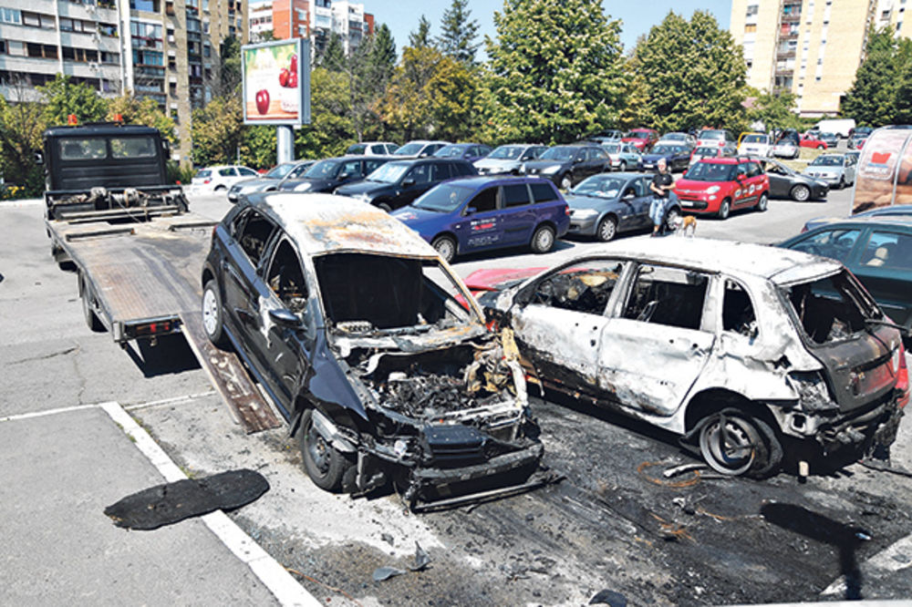 BOMBAŠKI NAPAD U MIRIJEVU Vlasnik automobila: U pitanju je greška!